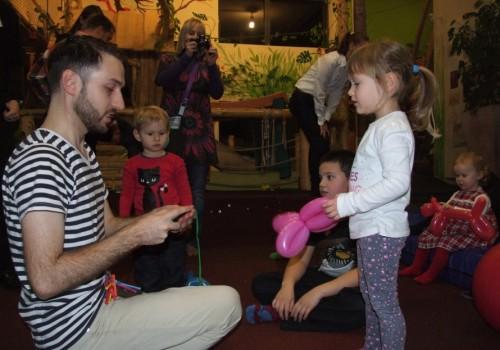 gyerekprogram, lufihajtogatás